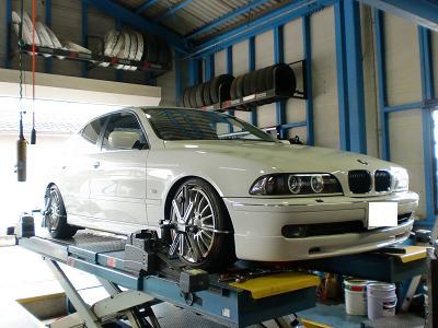 BMW E28 アライメント!