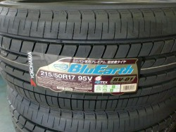 BluEarth RV01 215/50R17