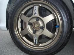レイズ製TE37・14インチ装着、タイヤはもちろんS-ドライブ
