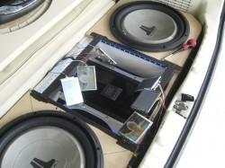 ODYSSEY RB-1 オーディオ製作 リア廻りウファー&アンプ&モニター