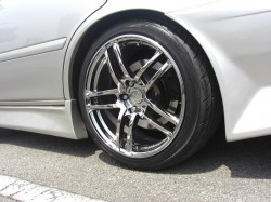 CHASER に取り付けた、MODEL T5 18inch