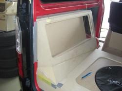 HIACE オーディオボード加工 トランク部③