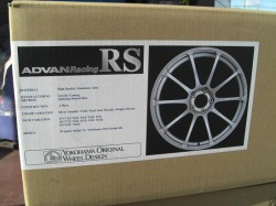 ADVAN Racing RS
