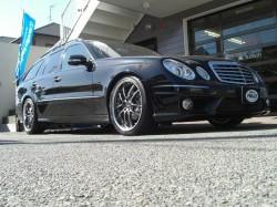 Mercedes-BenzW211