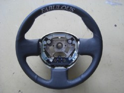 FABULOUS レザーステアリングカバー