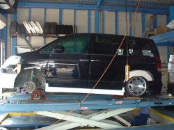 ボクシーAZR60