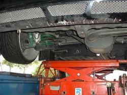 ボクシーAZR60 4輪リフト