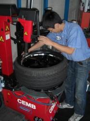 CEMB製 タイヤチェンジャー